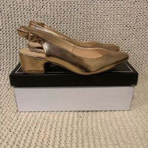 New In Box Qupid Swing Shoes Rose Gold Shoes